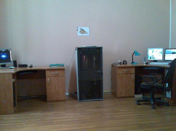 В м. Чернівці введений в експлуатацію радіоканальний ЦПК (6 контролерів) та встановлено 63 світлофора